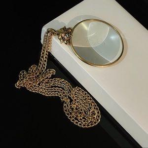 ✨Beautiful VTG Signed Avon Magnifying Necklace